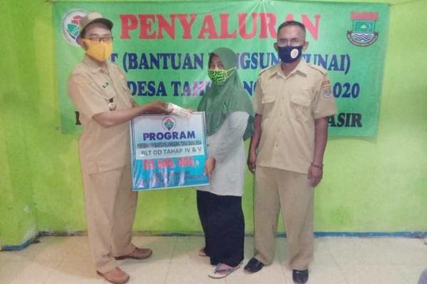 Pemerintah Desa Tanjung Pasir Salurkan 190 (KPM) Penerima BLT Dana Desa Tahap 4 Dan 5
